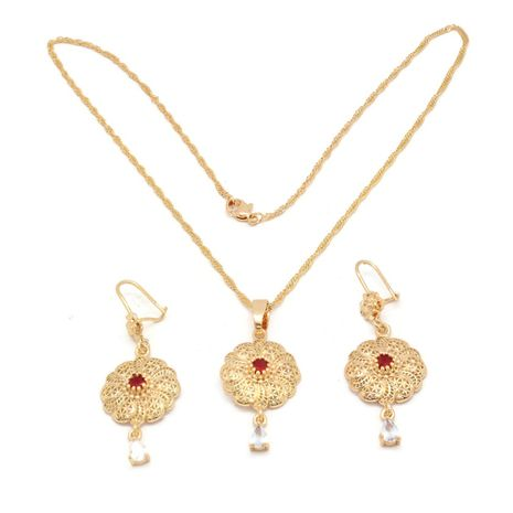 FC BEAUTY the Red stone spiral flower Locket necklace with 18kt gold   zomorod