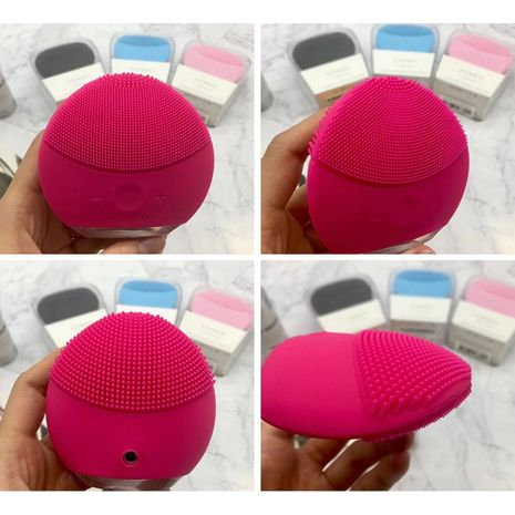 Face Cleaning Brush Foreo